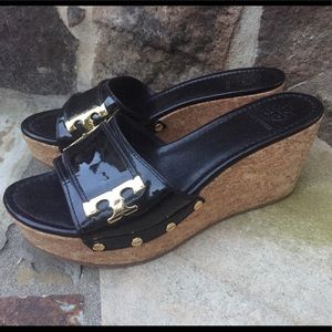 Tory Burch platform Black logo Sandals-Size-8.5❤️